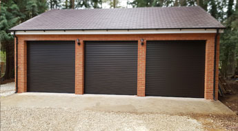 Oxford – 3 car garage by recommendation